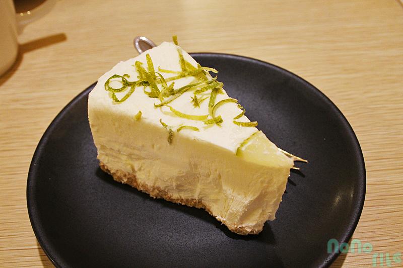 小幸福咖啡《生乳酪檸檬起司蛋糕》