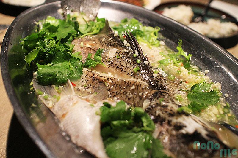 曼谷廚房《檸檬清蒸魚》